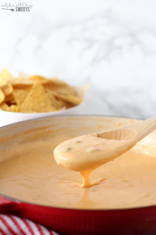 how to make salsa con queso