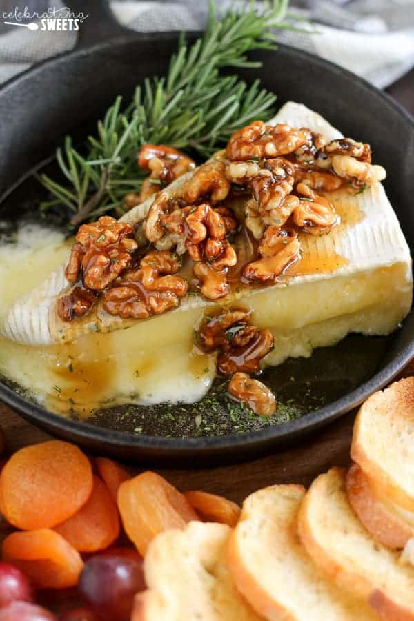 Baked Brie Recipe - Celebrating Sweets