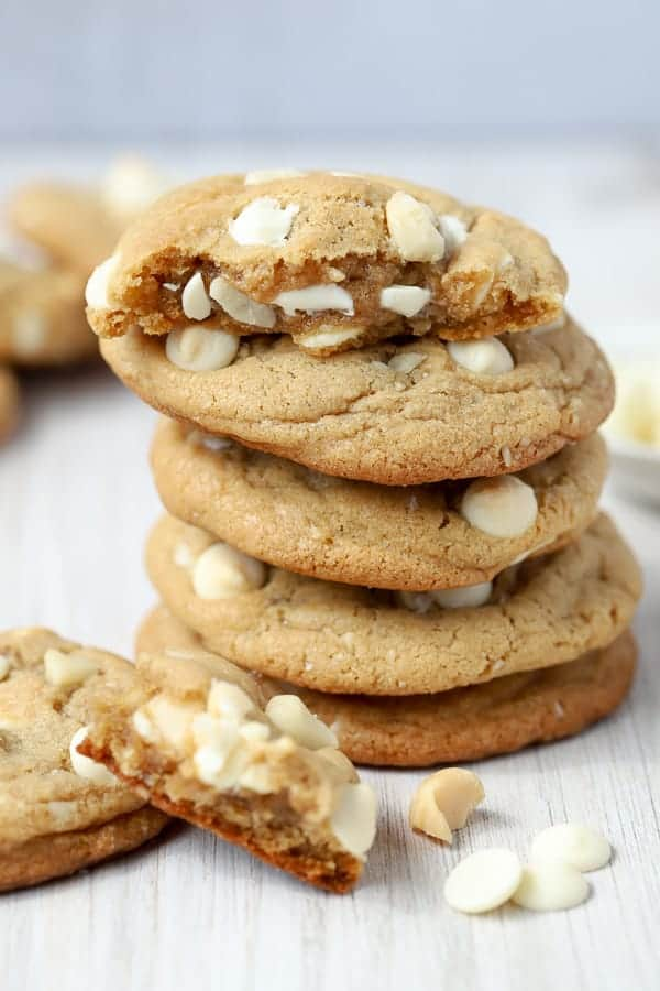 What goes with white chocolate macadamia nut cookies